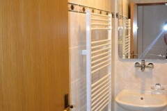 dvoulůžkový pokoj č. 2 - koupelna